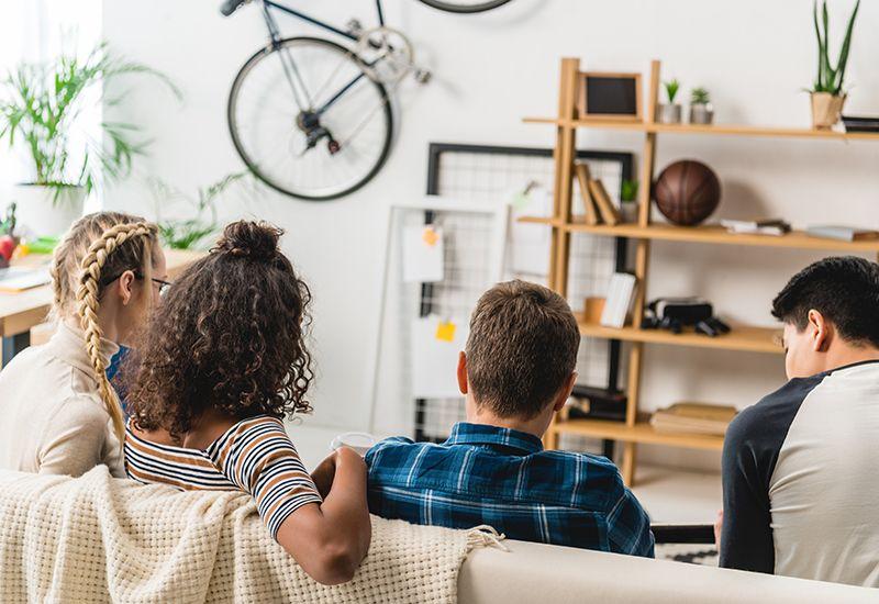 BOKOLLEKTIV: Å dele bolig med andre kan være utfordrende. Derfor er det lurt å bli enige om regler og respektere hverandre, slik at alle kan trives i bofellesskapet.