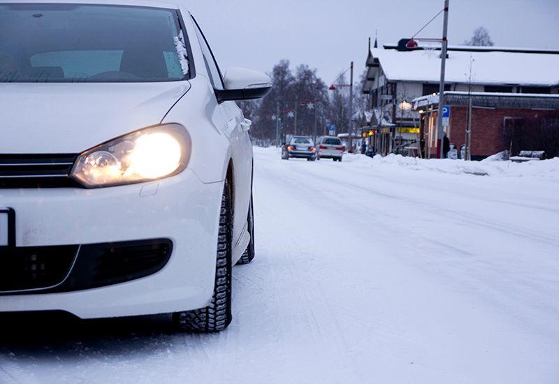 Bil om vinteren (ung.no)