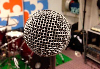 SYNG! Ønsker du å bli bedre til å synge, er først bud å synge så mye som mulig. Det gir deg god kontroll på stemmen din.