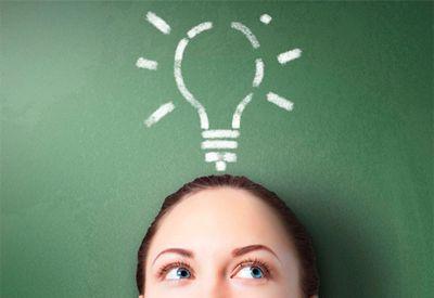 Jente med en god idé (www.colourbox.com)