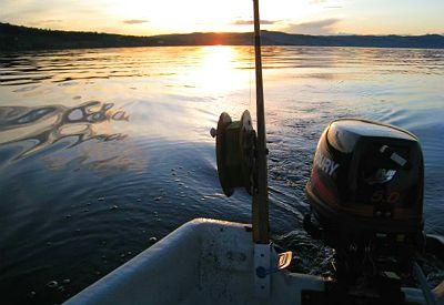 Båt på Mjøsa (foto: Endre Hesthagen)