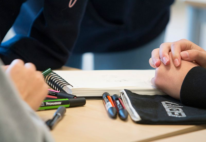 FAGSKOLE: Utdanningen er hovedsakelig klasserombasert, slik at undervisningen gis i mindre grupper. Noe undervisning er også nettbasert.