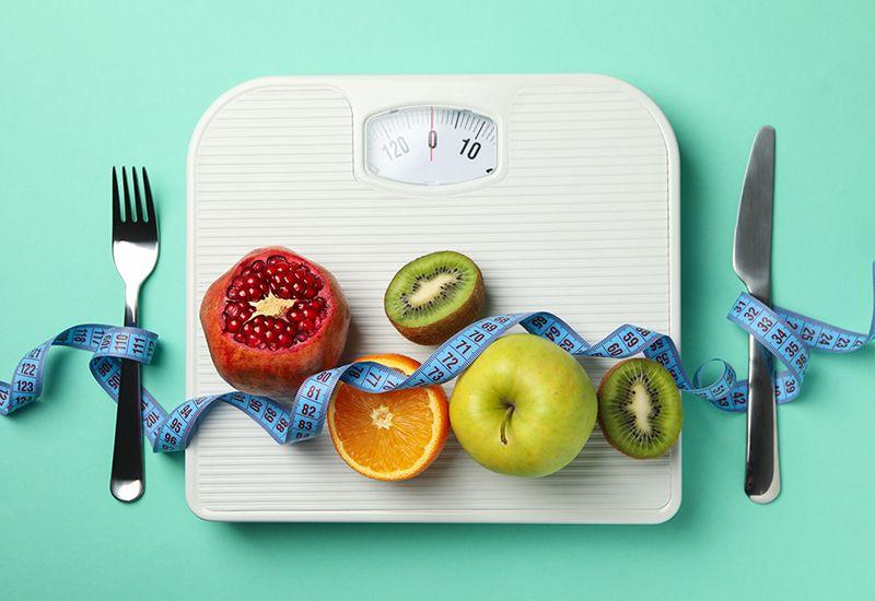 VÆR GREI MED DEG SELV: Mange tror de er overvektige uten at de er det. Snakk med helsesykepleier om du er usikker. Foto: Colourbox