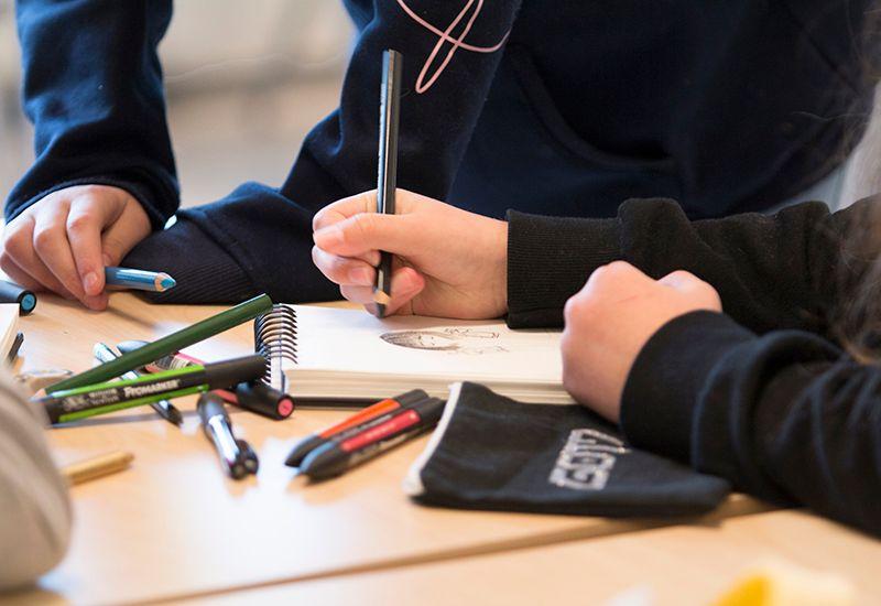 STØTTE: Inntektsavhengig stipend skal være et bidrag til å dekke levekostnader for elever fra familier med svak økonomi.