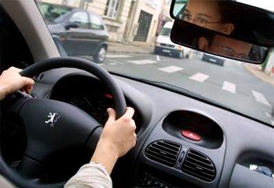 TRAFIKALT GRUNNKURS: Før du kan øvelseskjøre, må du ha gjennomført det trafikale grunnnkurste. Ha med beviset i bilen når du øvelseskjører.