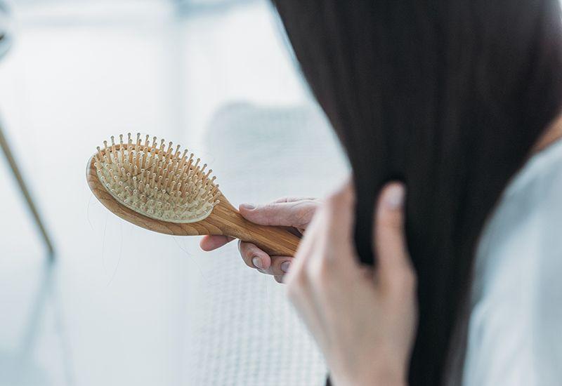 Børste med hår på (colourbox.com)