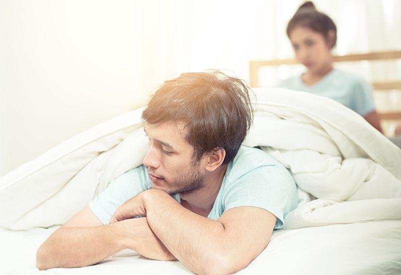 TØRKE: Det er helt vanlig å oppleve at dere har mindre sex etter hvert som den første forelskelsen har gitt seg. Men det kan snus om dere vil. Foto: Colourbox