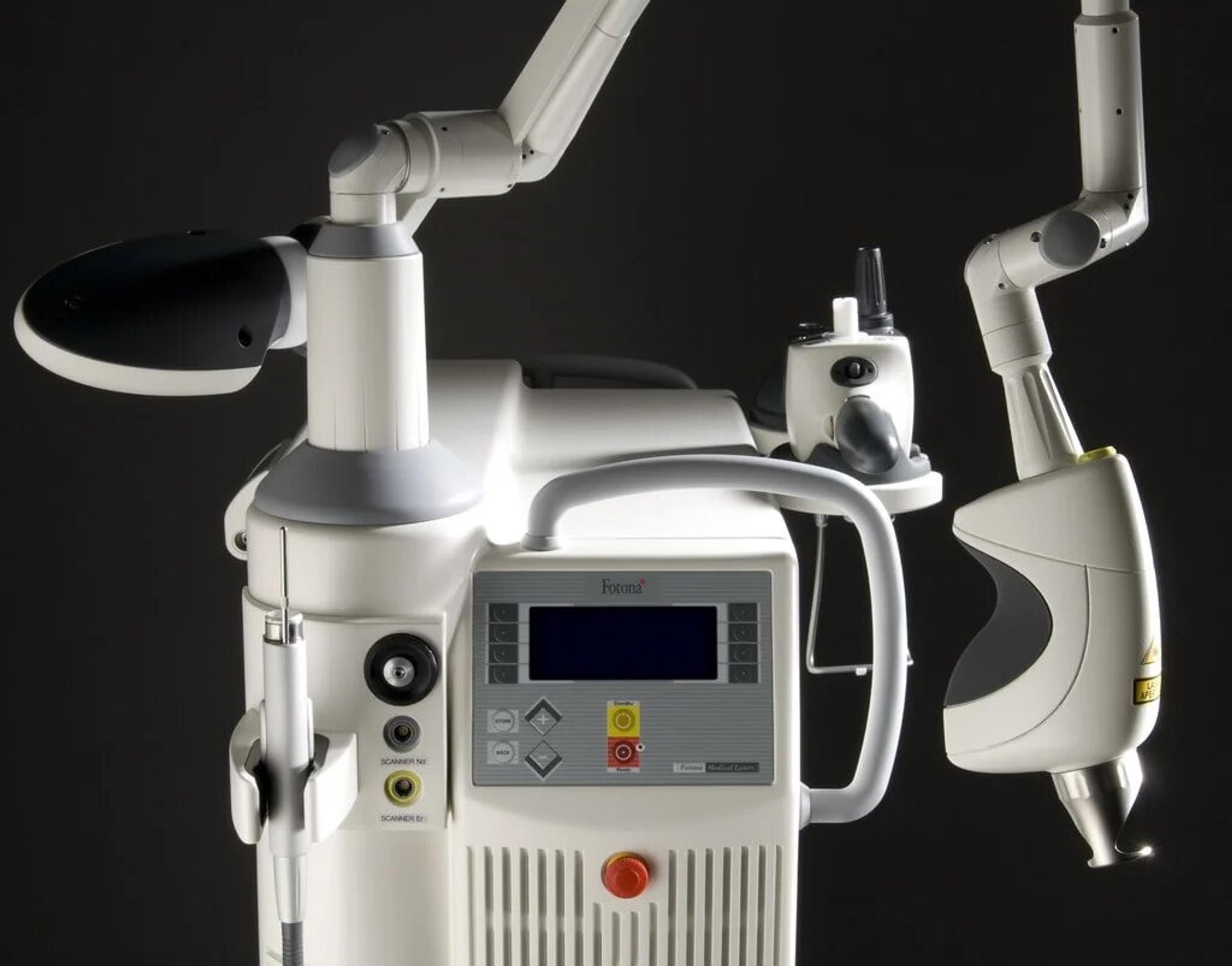 Fotona 4D Machine