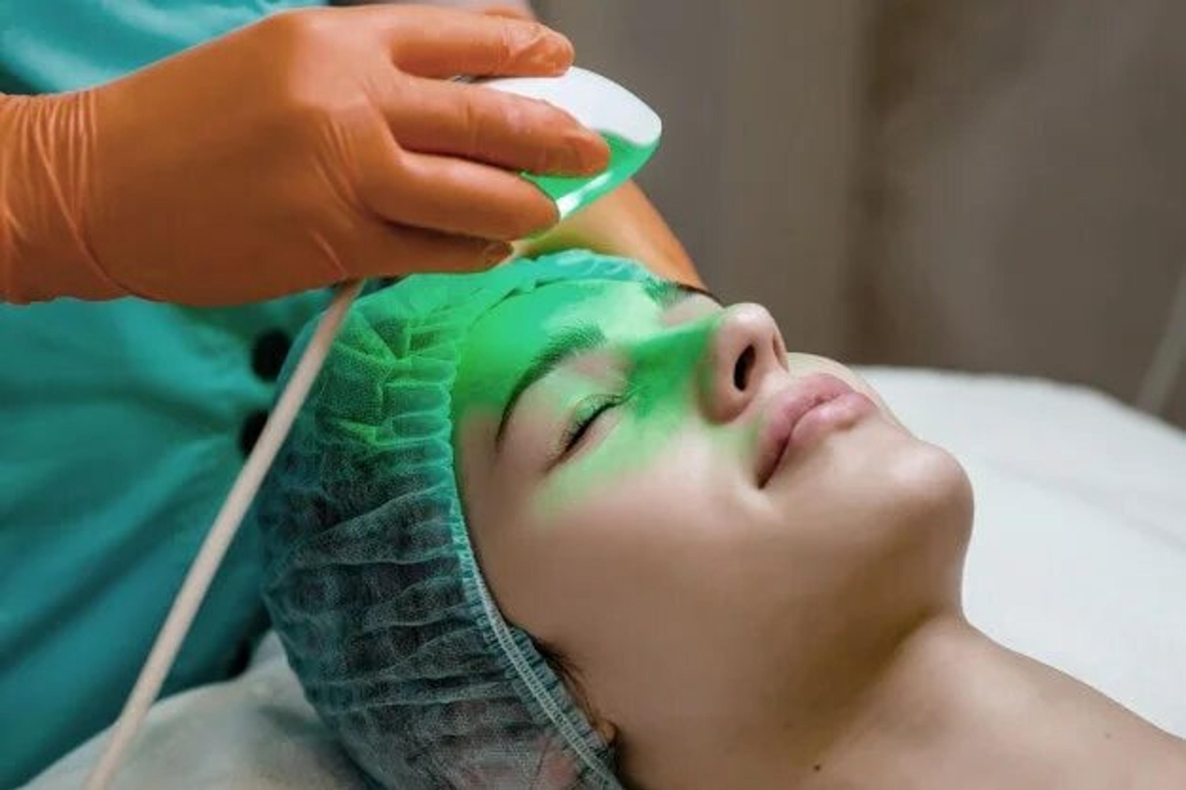 Patient receiving Light Stim treatment