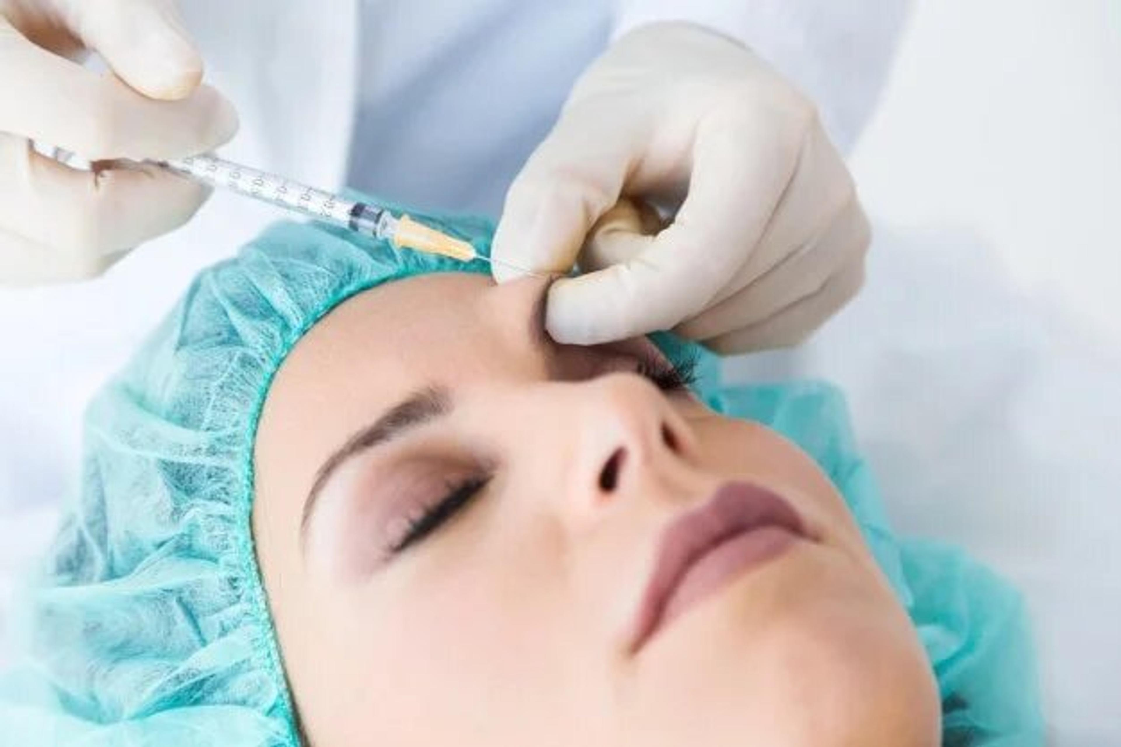 Patient receiving injection near eyes