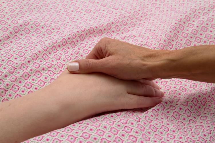 To hender holdes hos hjemmeteam fra Aleris Omsorg