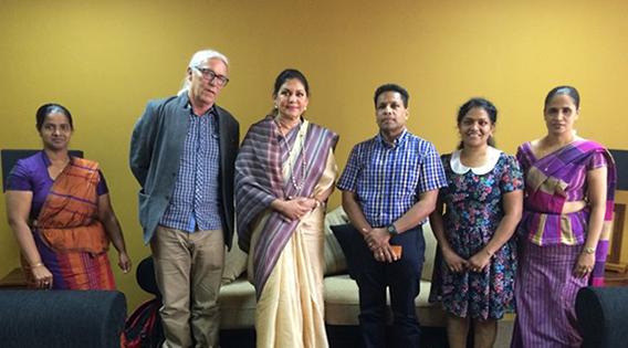Stendi barnevern på besøk på Sri Lanka