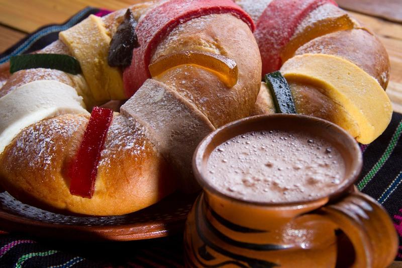 Rosca de Reyes y Atole, La pareja más querida de Enero