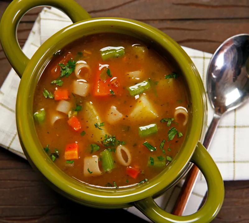 8 Sopas práticas e econômicas de fazer no jantar