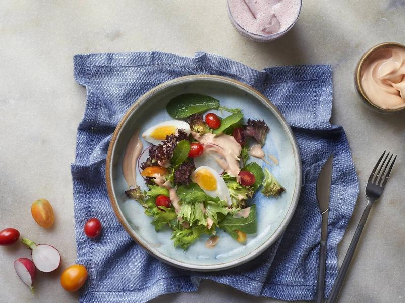 7 molhos para salada caseiros para dar mais sabor às refeições