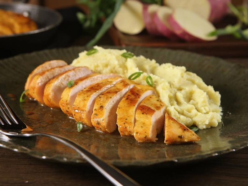 Filé de frango nada básico: veja formas de incrementar esse prato