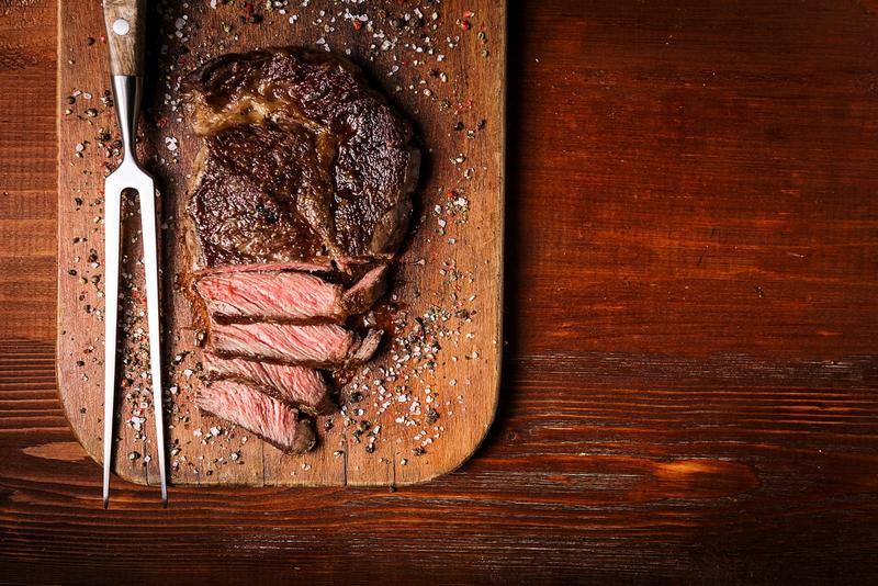5 melhores cortes de carne para preparar um bom churrasco