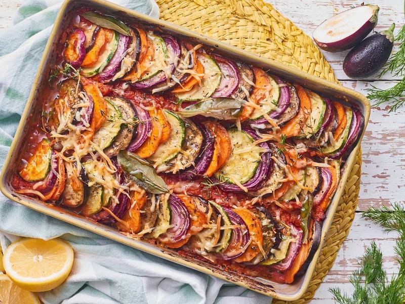 Preparar um jantar romântico pode ser simples: 5 receitas fáceis e baratas que vão surpreender seu par