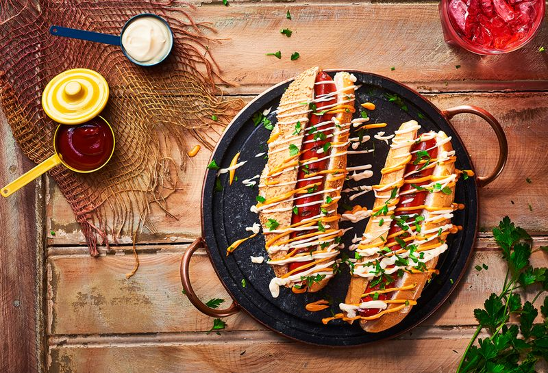 10 hot dogs incríveis para comemorar o dia do cachorro quente