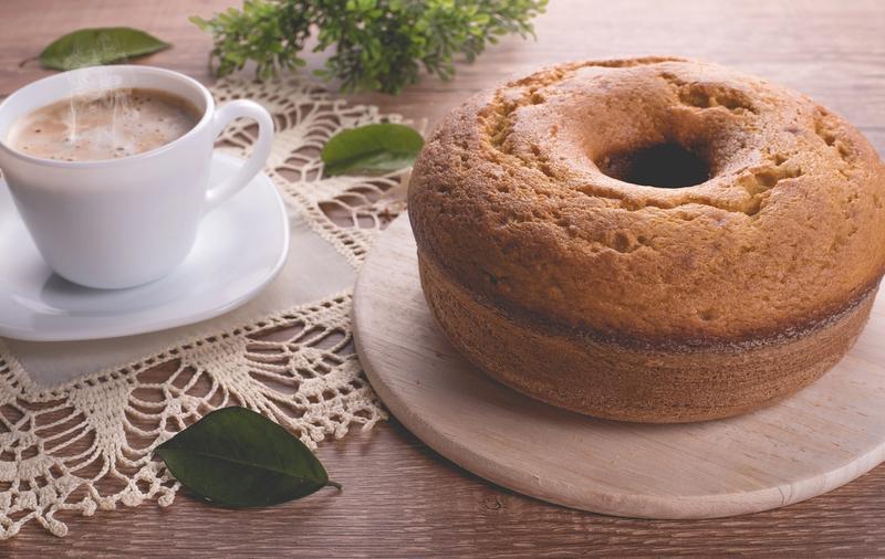 Bolos simples e fáceis de fazer para o café da tarde