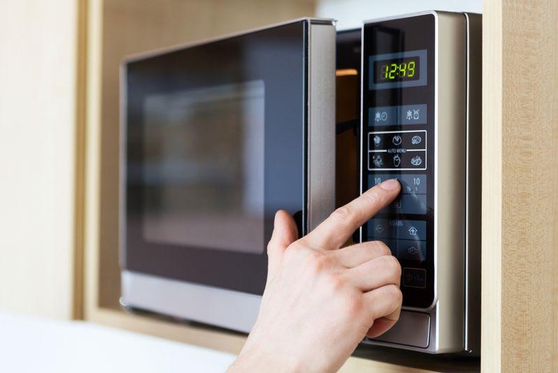 5 receitas de micro-ondas para não passar fome