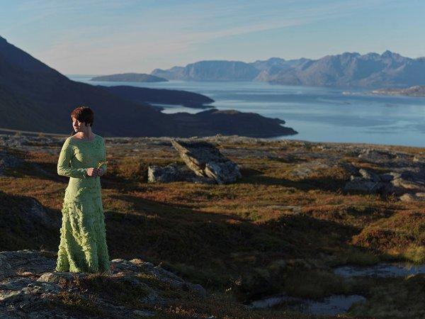 Tanya Lasovsky in Norwegian landscapes | Art Lasovsky