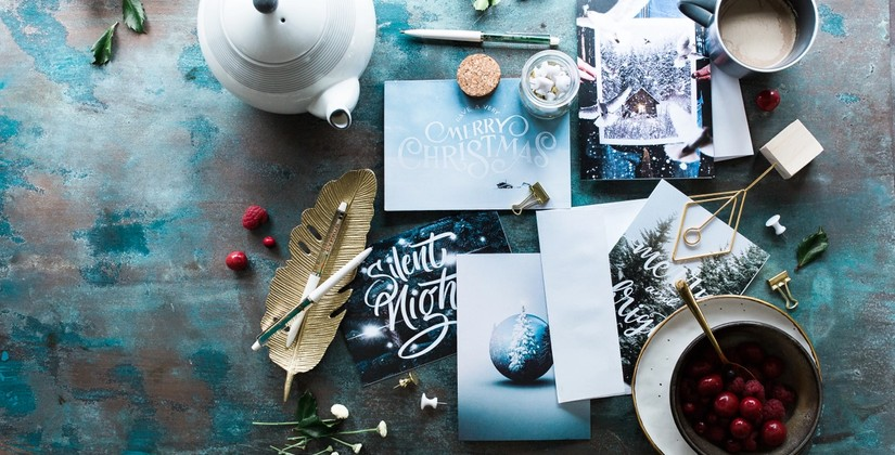 15 Easily Customizable Business Holiday Card Templates