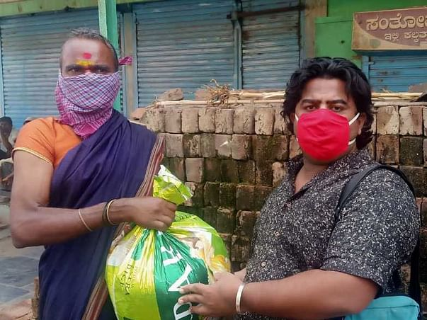 Distribution of ration kits to a Jogappa in Gadag district, Karnataka