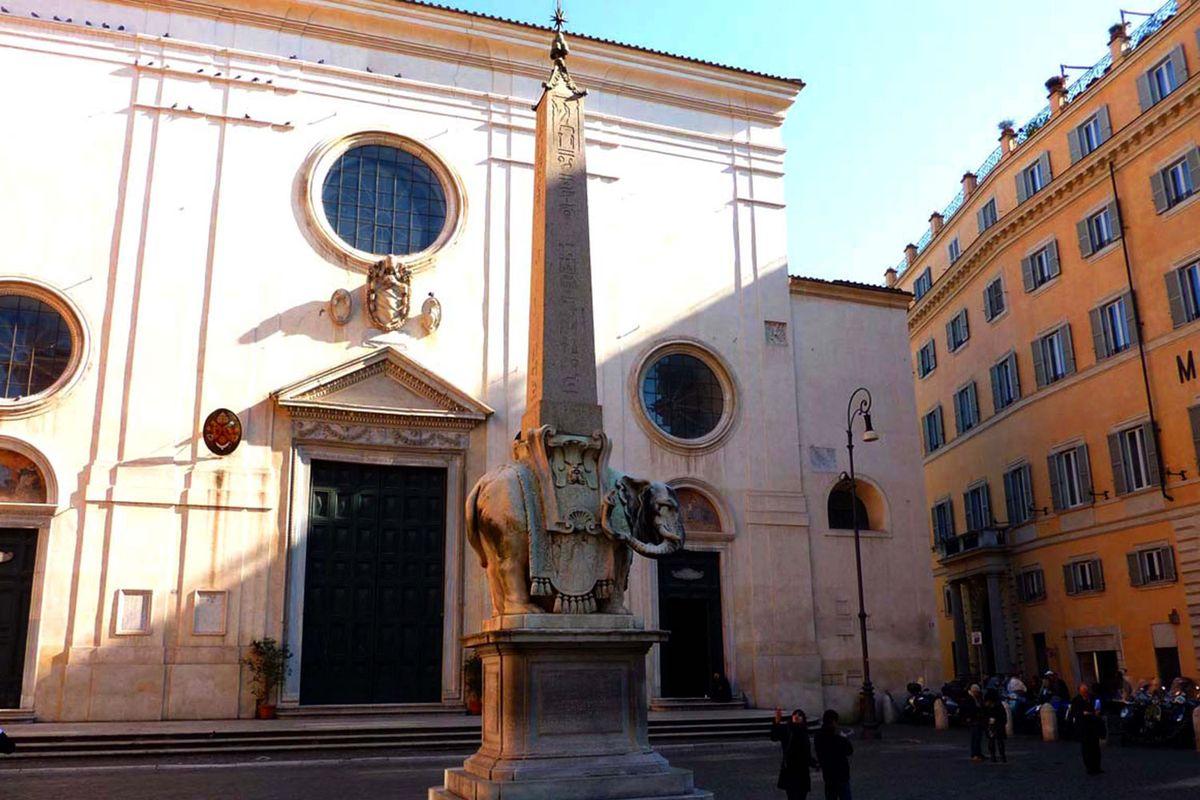 Elephant in front of Santa Maria sopra Minerva in Rome.