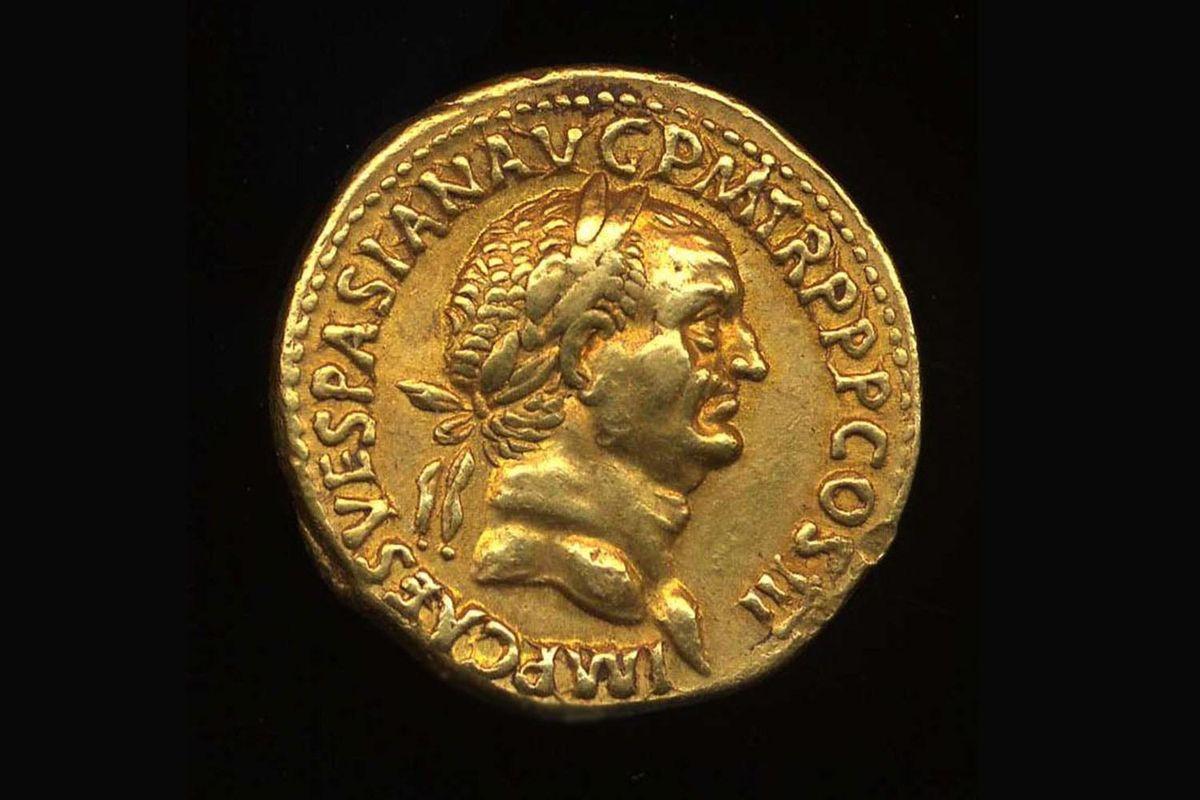 Profile portrait of Vespasian on a gold coin.