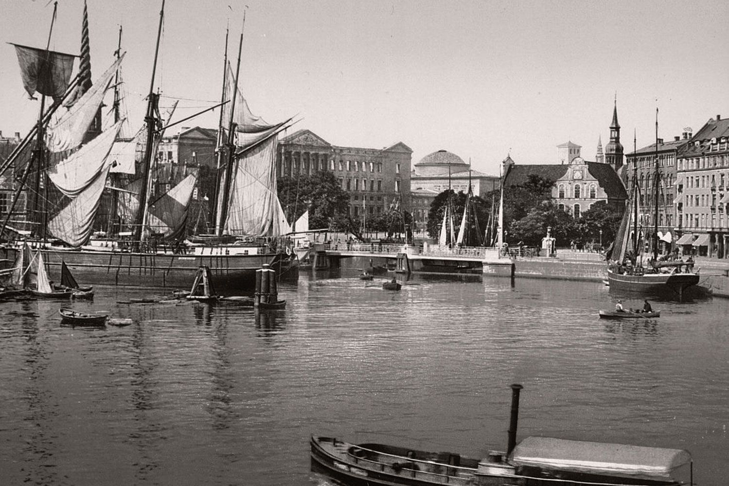 The ancient port of Copenhagen once upon a time