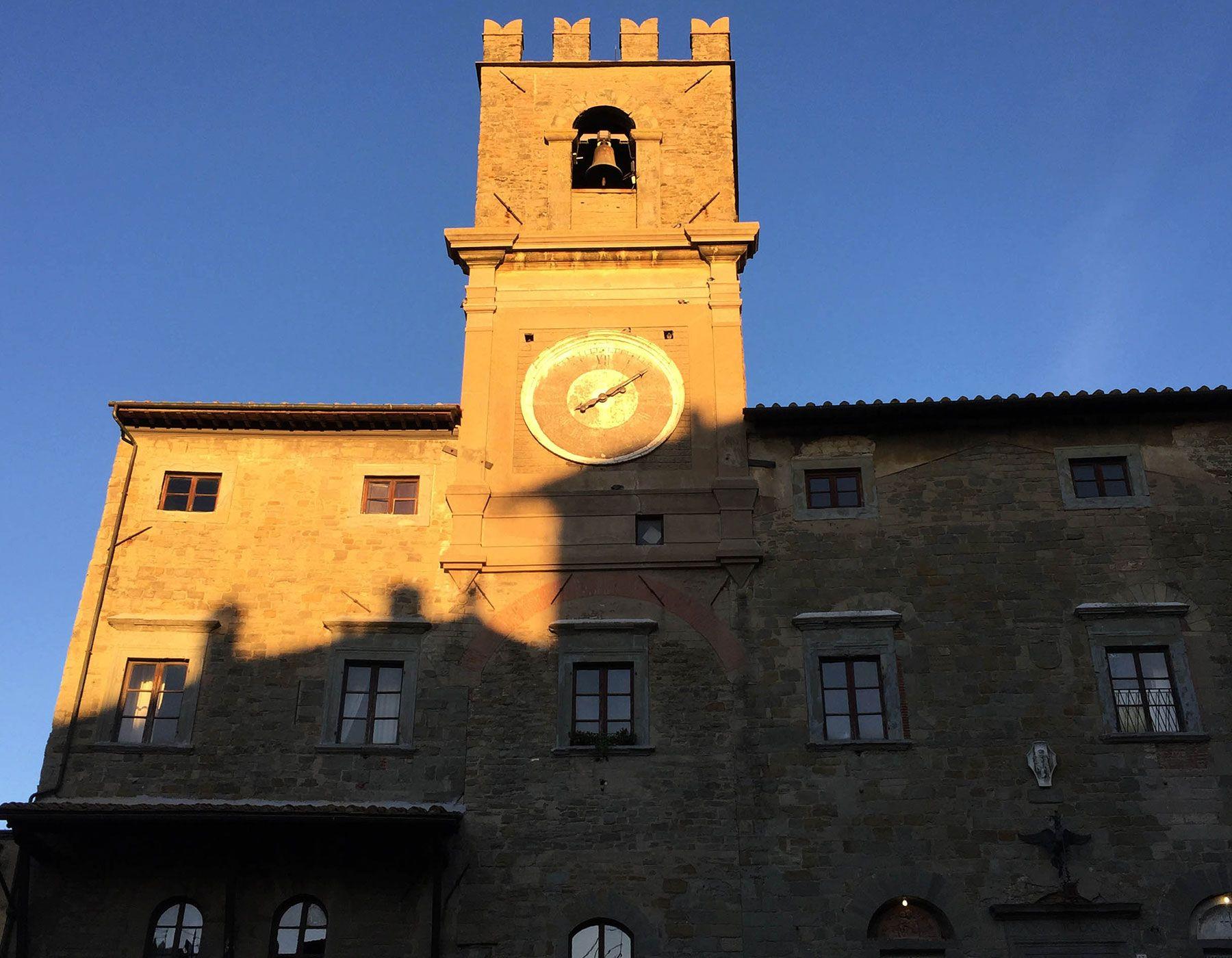 The Palazzo Comunale (1241) with its impressive clocktower is the heart of Cortona.