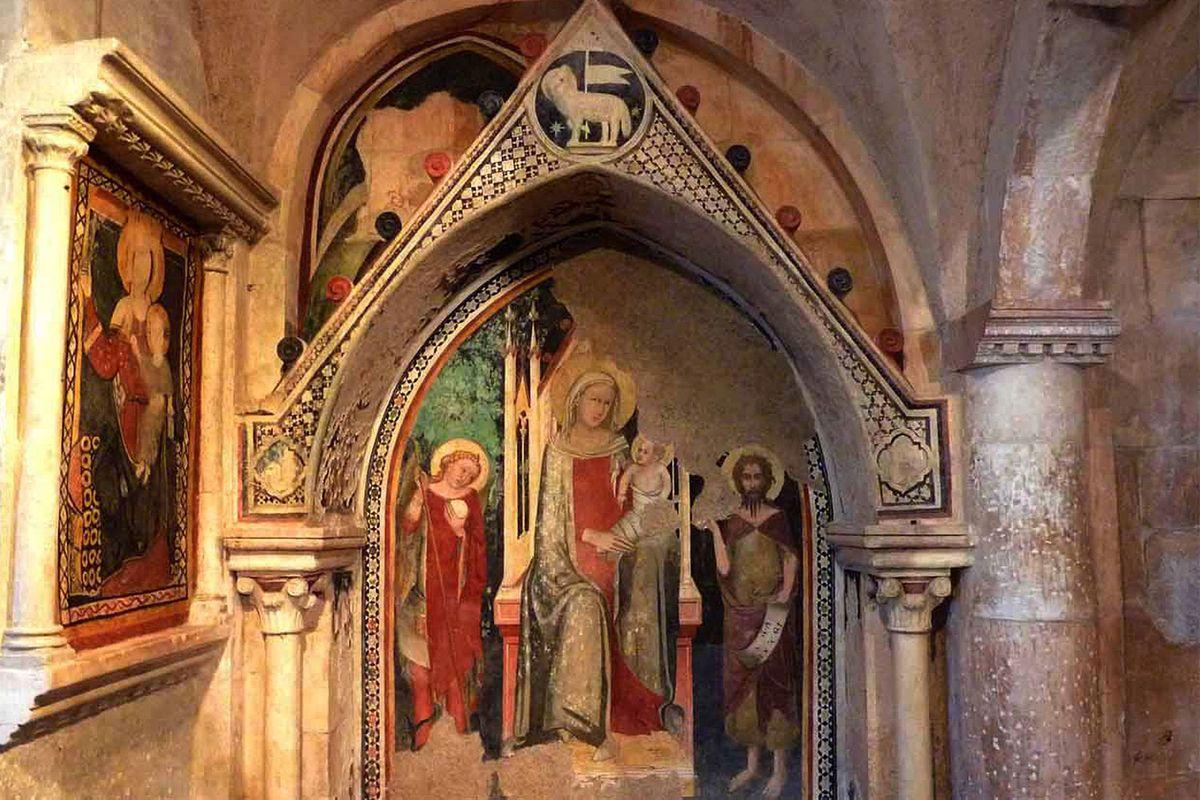 Vault in the Church of the Annunziata in Sulmona in Abruzzo