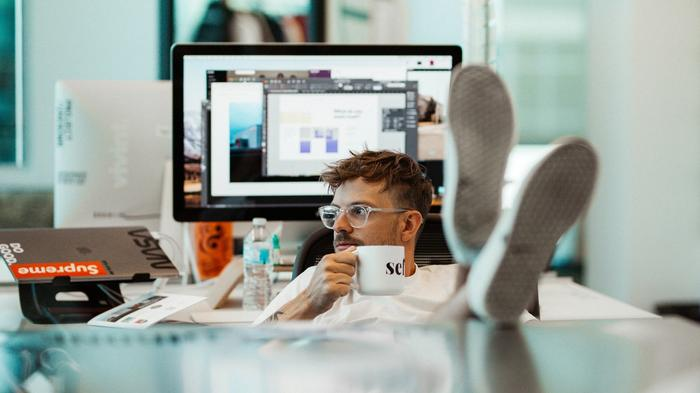 The Struggle is Real: Tips for Motivating Your Employees Through Q4