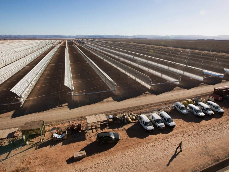 Fazenda solar em Marrocos, África.