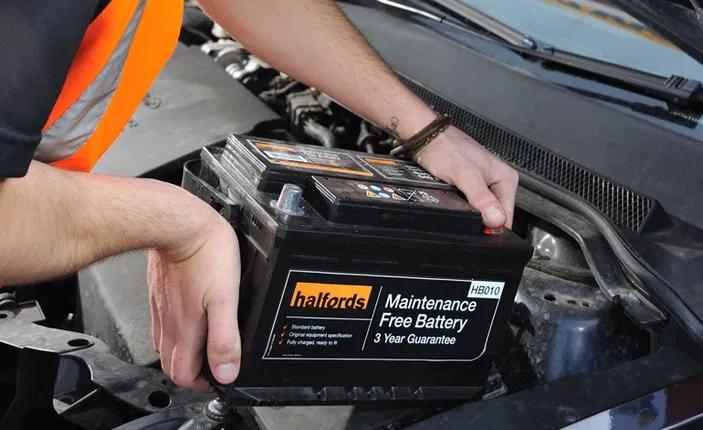 Bateria de carro não é uma boa ideia!