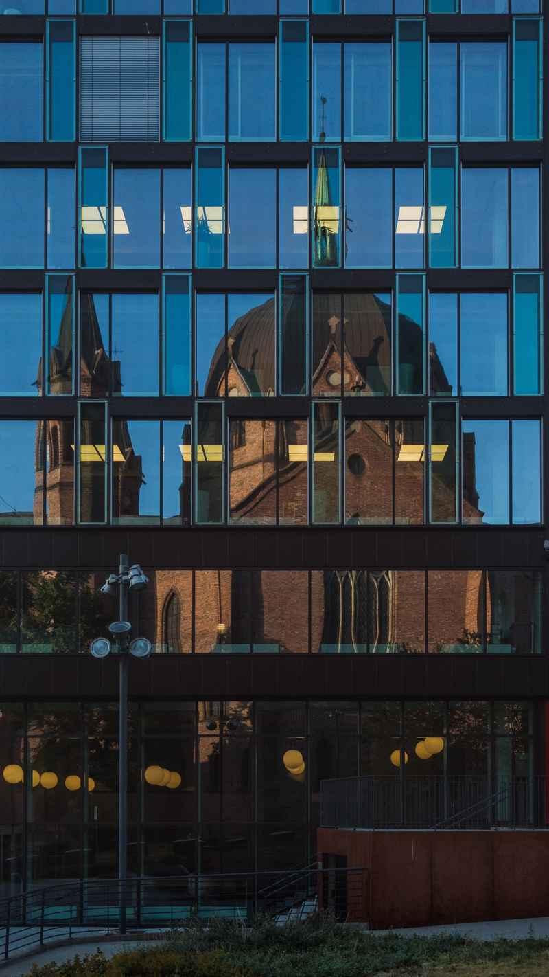 Oslo reflections II