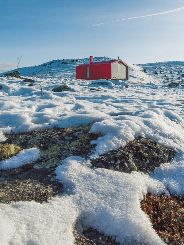 Dubldom in tundra | Art Lasovsky