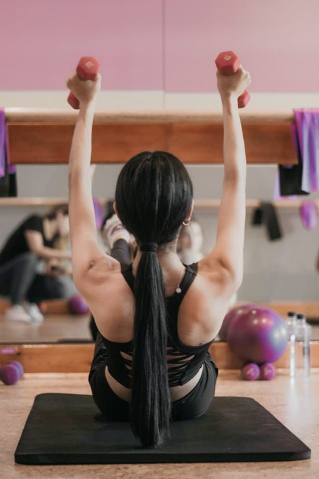 Bottoms Up: Beginner's Guide to Barre