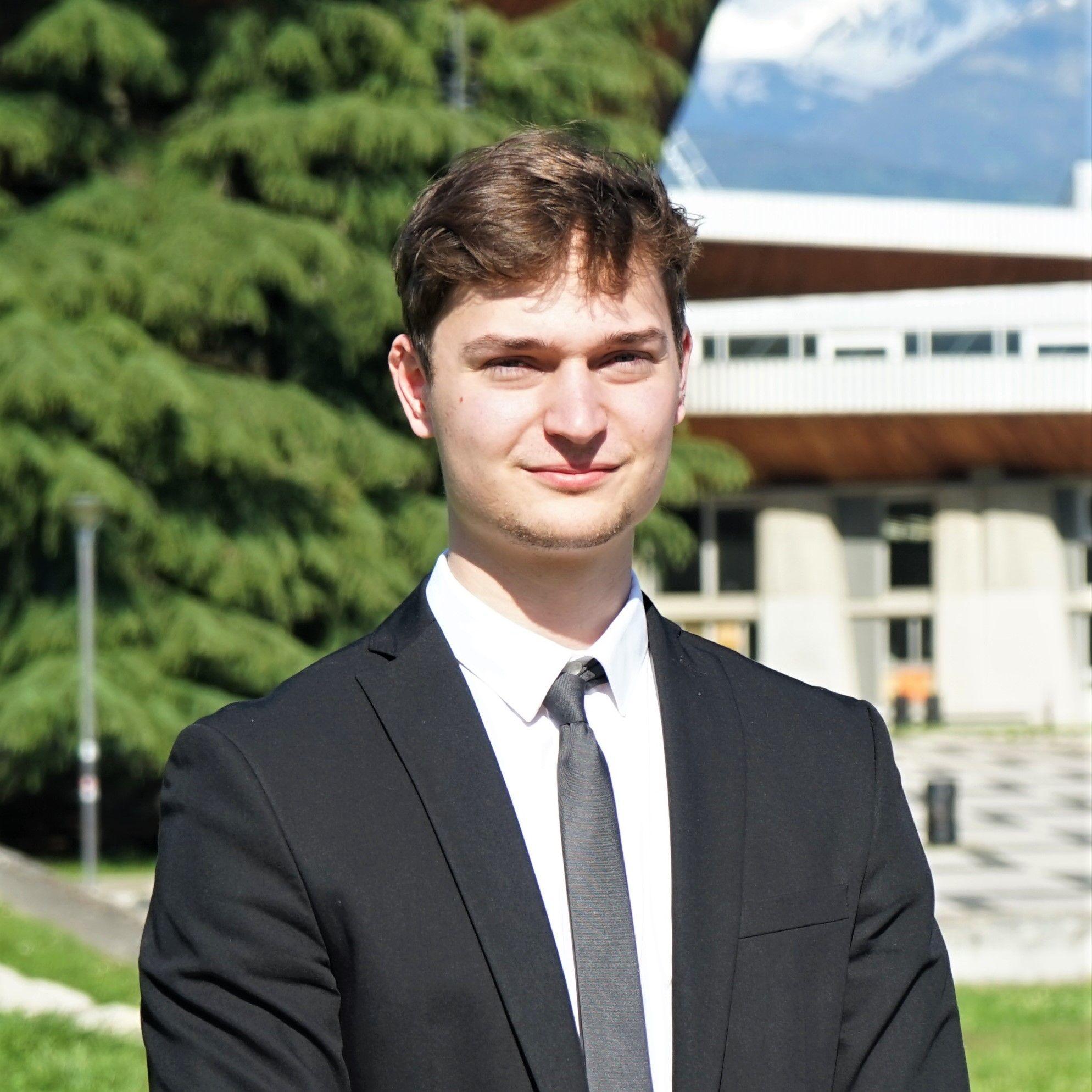 Zachary Zuber