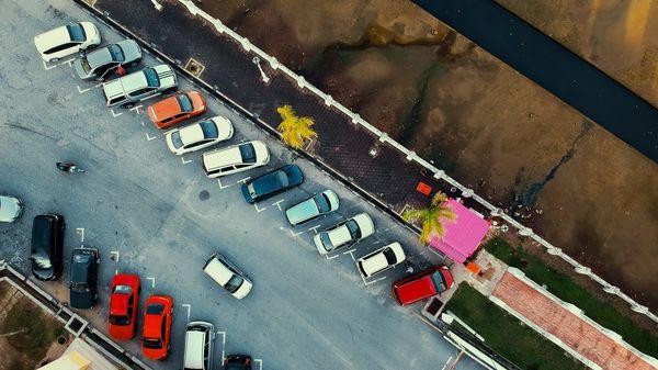 Parkkipaikan omistaja - laita paikkasi vuokralle