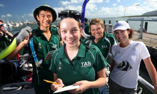 Trinity Anglican School Students Help Reef Blitz Studies off Cairns