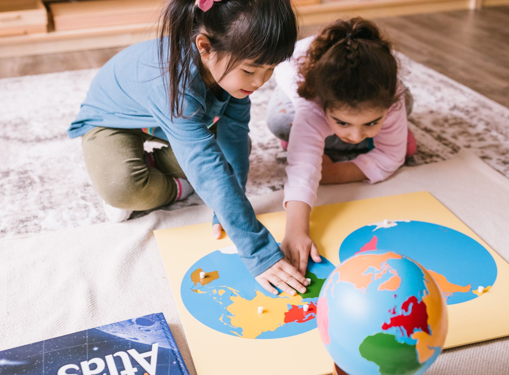 Montessori in the Home (Full Package 8 Day Course: Optimized for Europe & Africa)