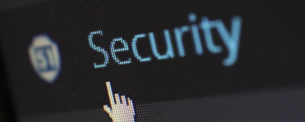 Bilde som viser en sikkerhetsknapp - noe som vi adresserer i denne blogg posten.