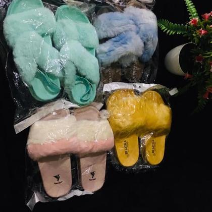 Sandales à fourrure