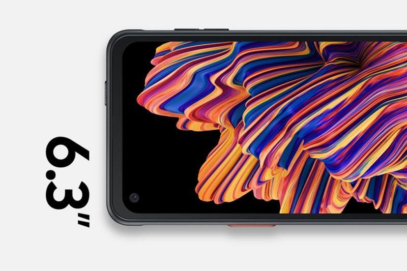 edge-to-edge display with Gorilla Glass 5