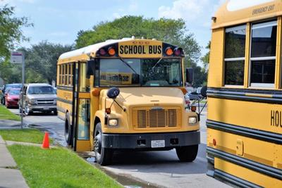 6 Reasons We Need WiFi for School Buses