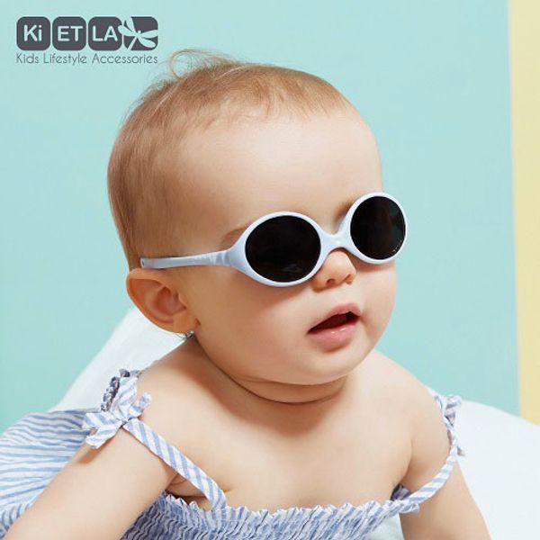 Solglasögon pastellblå, för barn 0-18 månader.