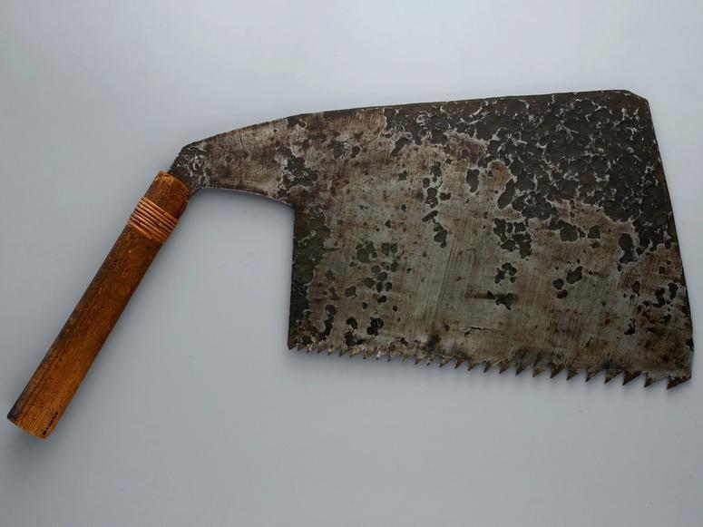 A wide-blade rip saw.