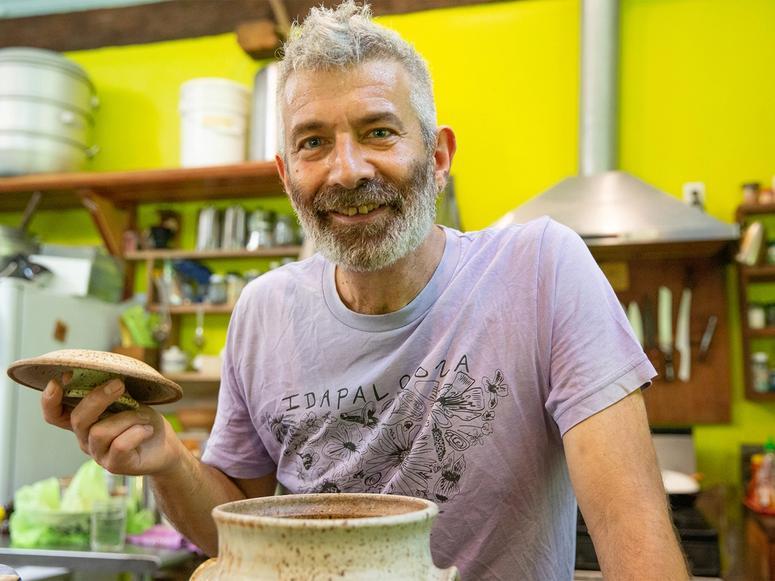 Fermentation expert Sandor Katz